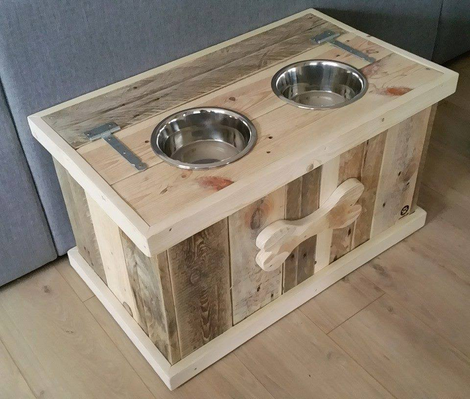 Fidou0027s Gotta Eat And What A Better Way To Feed Him With This Great Looking  Pallet. Custom Dog Bowl Stand W/ Storage