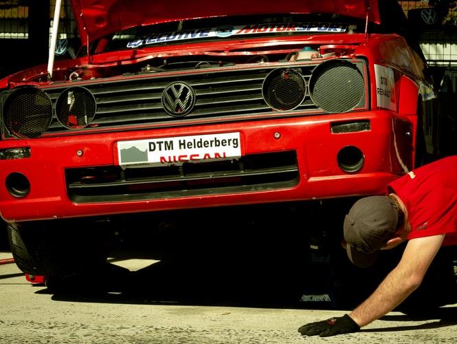 Lifting a car using a floor jack