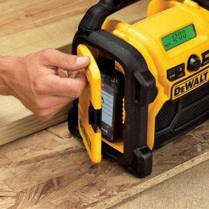 dewalt garage radio